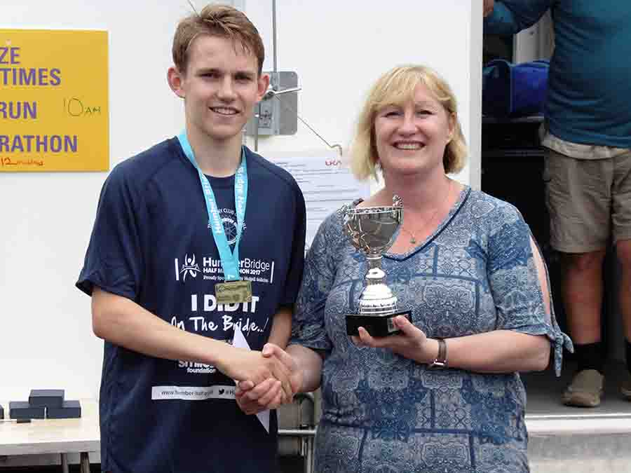 18-year-old Leeds runner Callum claims Humber Bridge Half Marathon crown with personal best time